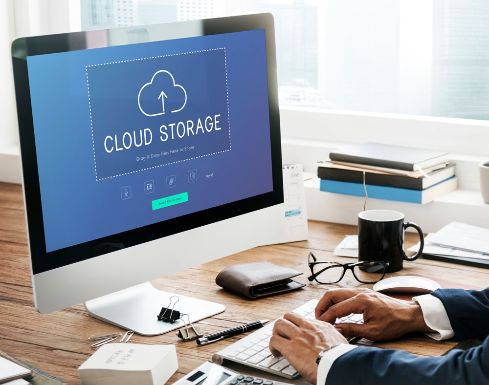 Cloud storage upload on desktop computer